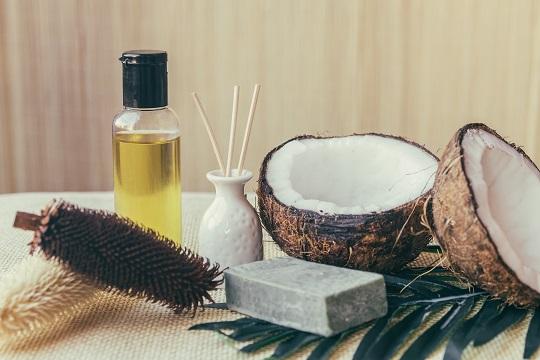 como hacer aceite de coco para despues del sol