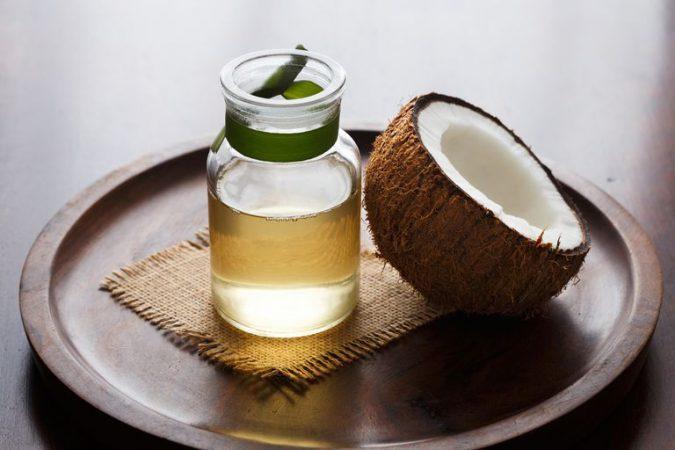 aceite de coco para las uñas